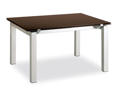 Come scegliere un tavolo in ceramica per l\'arredo interno o esterno