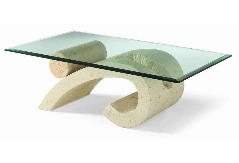 Tavoli In Cristallo Con Base In Pietra.Tavoli D Arredamento In Pietra Ideali Per L Esterno O Per L