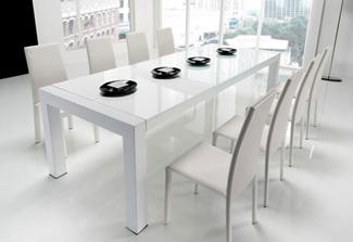Perchè scegliere un tavolo in cristallo o vetro